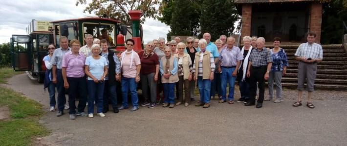 Erlenbacher Senioren unterwegs mit dem Schoppebähnle