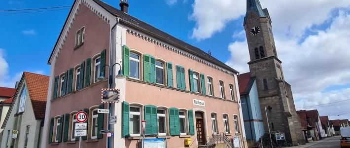 Eine Sperrung des Rathauses von außen lag nicht vor – Herzlich Willkommen in Erlenbach