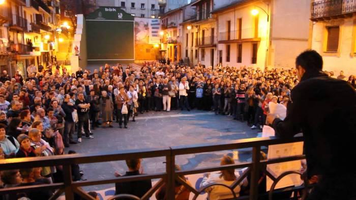 Manifestación en Ermua por la subida de la tárifa del agua