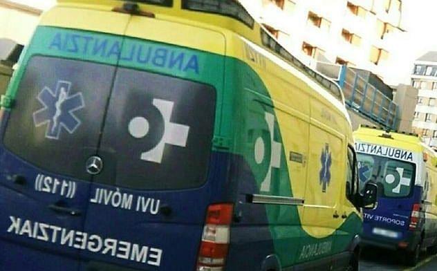 Fallece un vecino de Ermua en accidente de moto en Deba