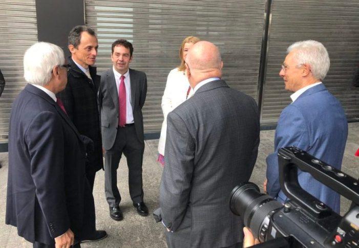 El Ministro de Ciencia e Innovación, Pedro Duque, visita Ermua