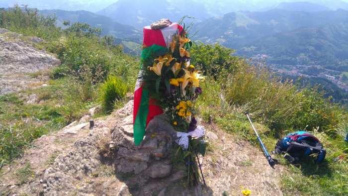 Artarrai M.T. rinde homenaje a Jabi Alberdi en Urko Punta