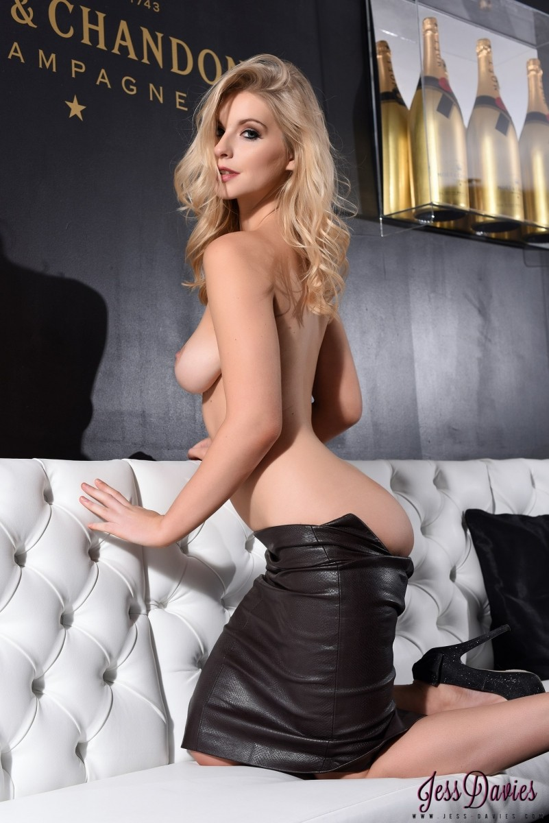 Jess Davies Looks Sexy In Her Leather Skirt