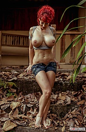 Bianca Beauchamp Cabin in the Woods