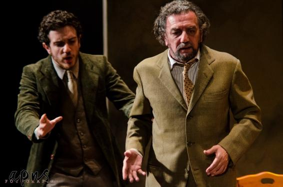 Ditegli sempre di sì, Eduardo al Teatro Cilea