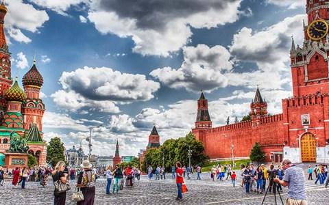 Russia, il tempo in cui la poesia infrange la legge