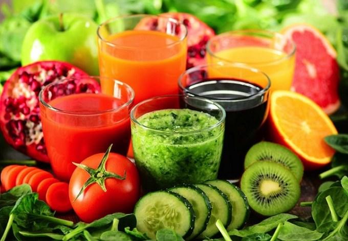 Dieta detox: tutti i pro e i contro della dieta del momento