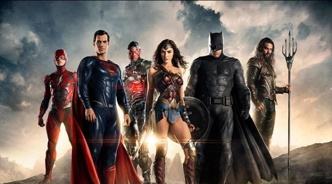 Justice League, Zack Snyder dirige un'intera squadra di supereroi