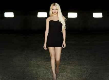 Camgirl ScharfeCharlotte • Eronite Erotik News Magazin