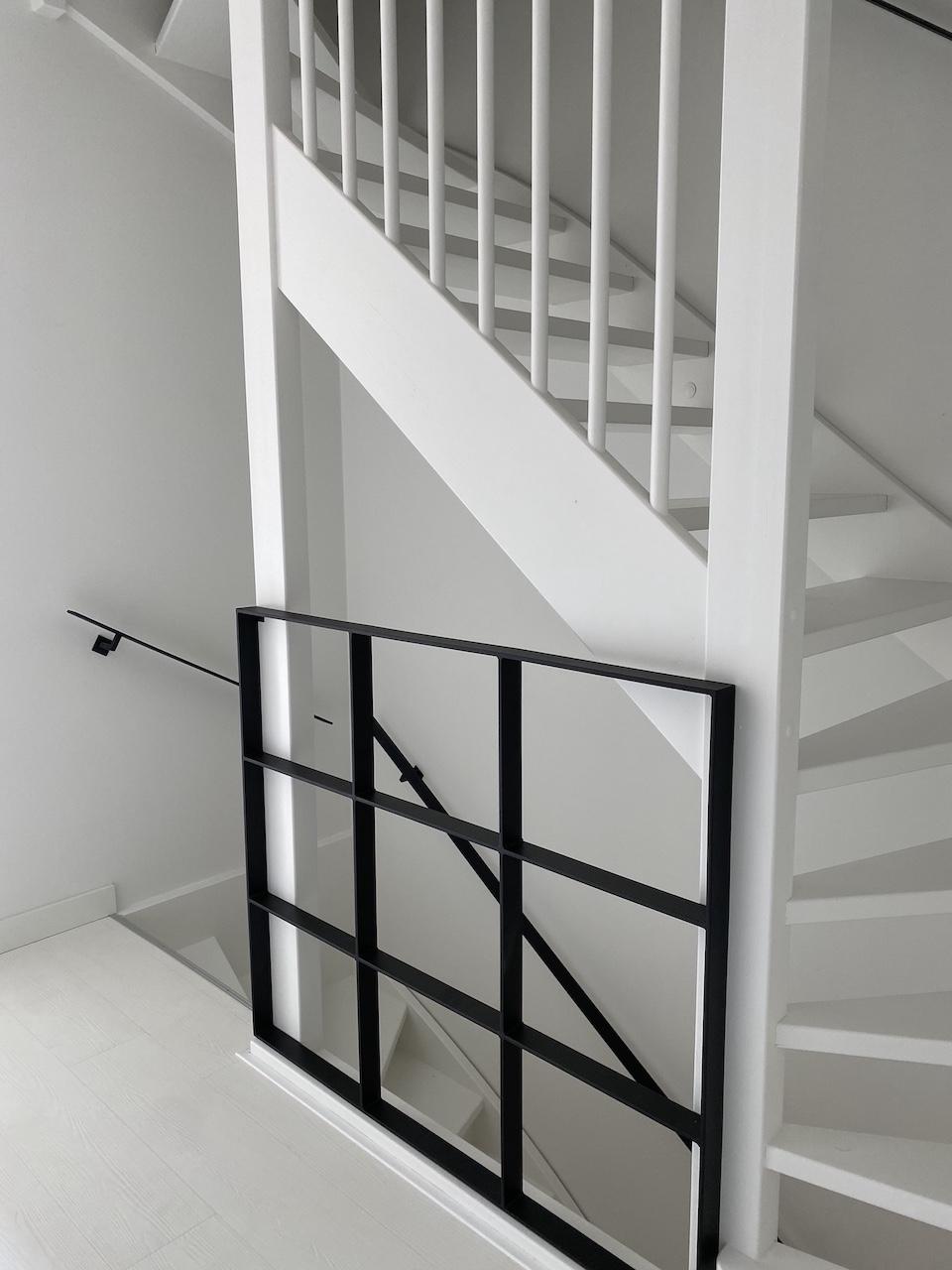 Stalen balustrade voor een trap