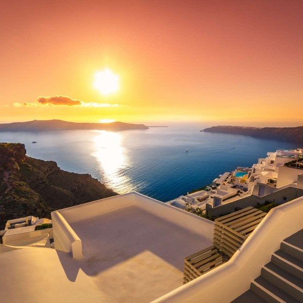 Beetling off to the islands: Naxos & Santorini