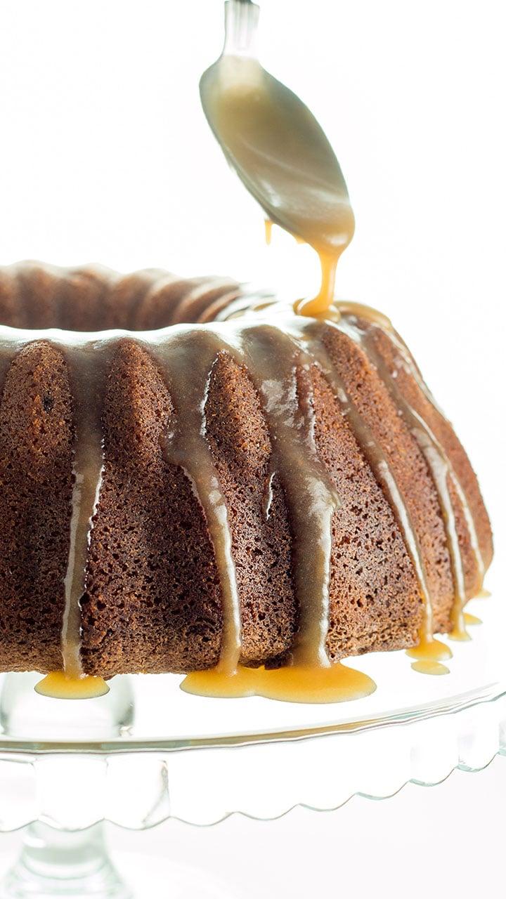 Brown Sugar Bundt Cake With Caramel Glaze Erren S Kitchen