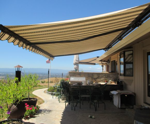 motorized retractable awnings ers
