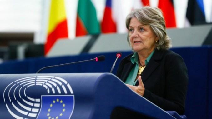 ΕΕ: Υποστήριξη προς την Ελλάδα για την αντιμετώπιση των αιτίων της κρίσης των πυρκαγιών
