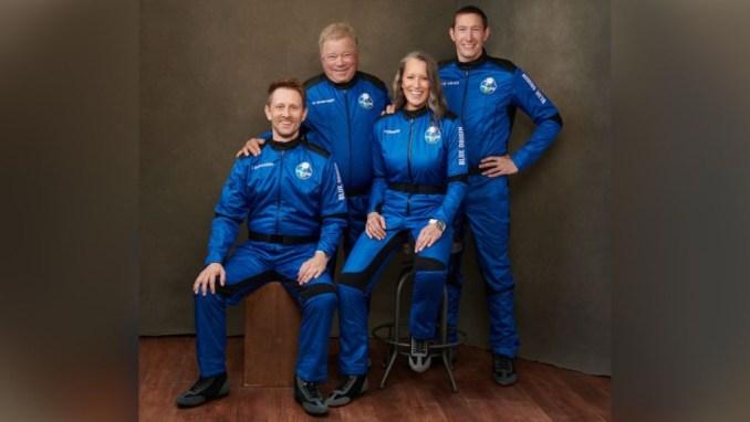 Βίντεο: Ο «Κάπτεν Κερκ» ταξίδεψε στο διάστημα – Είναι ο γηραιότερος άνθρωπος που το κατάφερε, στα 90 του χρόνια