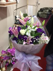 güller buketler lilyum