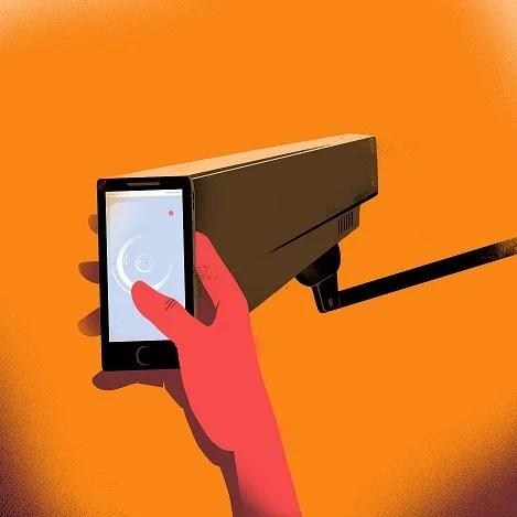 La vigilancia generalizada de Facebook y Google representa un peligro sin precedente para los derechos humanos