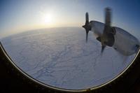 El hielo marino ártico de la NASA de P-3