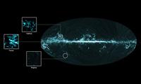 De todo el cielo la imagen de gas molecular y el complejo de tres nube molecular