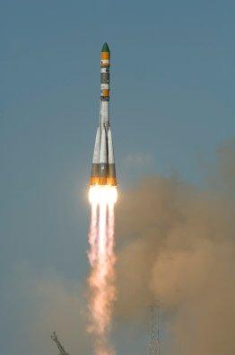 ESA - Lift-off of the Foton-M3 spacecraft onboard a Soyuz-U rocket
