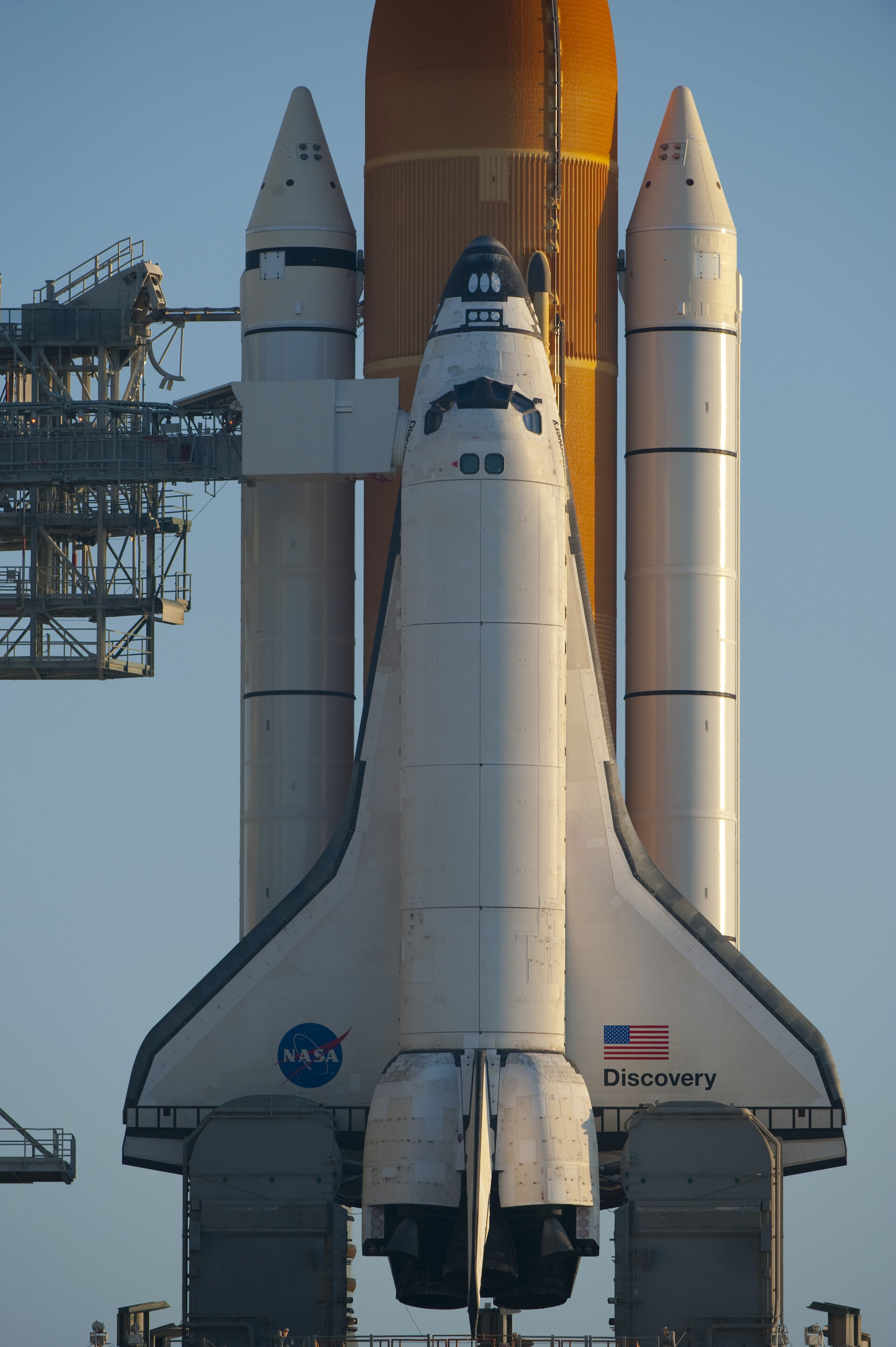 ESA - Space Shuttle Discovery on the launch pad