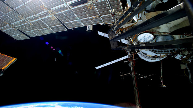ESA Space Ferry Moves Space Station To Avoid Debris ATV
