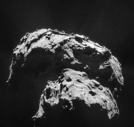 27.9 km from the centre of Comet 67P/Churyumov-Gerasimenko on 21 January