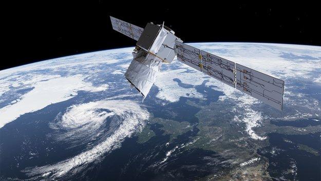 Measuring_cyclones_large.jpg