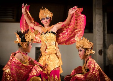 Yayasan dancers and Gamelan ~ Pemuteran, Bali ~ April 2016