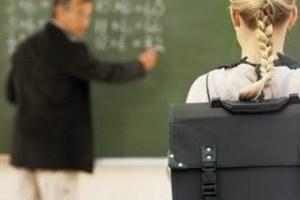 Esboços e ilustrações: Quem vai encarar o professor ateu?