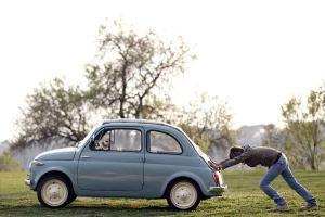 Ilustrações Cristãs: Você está disposto a empurrar o carro?