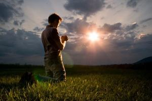 Jesus nos proibiu de orarmos sempre pelo mesmo pedido?
