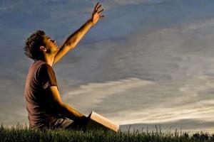 Oração: 5 motivos para incluí-la ainda hoje em seu dia a dia