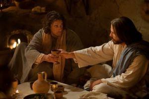 O vinho que Jesus bebia tinha álcool ou era apenas um suco de uvas?