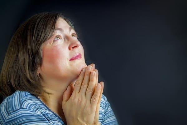 O que significa servir a Deus com temor e tremor?
