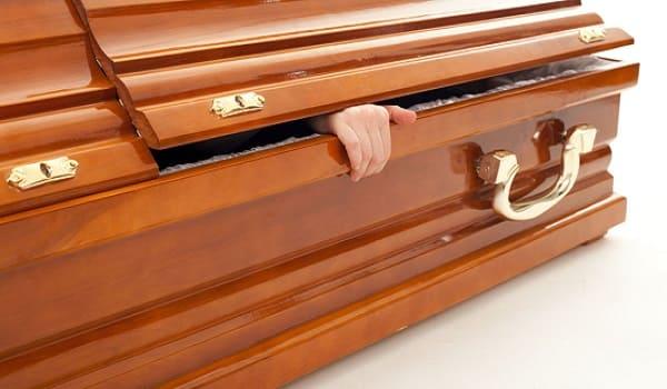 Por que Jesus foi chamado de Primogênito de entre os mortos?
