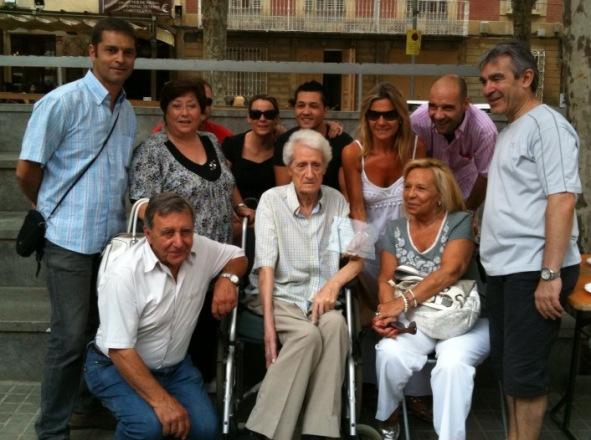 En Daniel, amb la família i amics