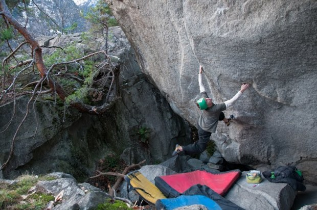 Nalle Hukkataival en su boulder Ninja Skills 8b