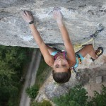 Brooke Rabotou escalando Octopus 7c - Foto Rabotou Family