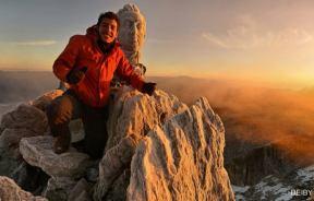 Jaseh Munelo en la cumbre del Pico Bolivar