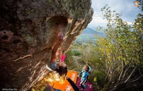 Video 3er Episodio boulder Petzl RocTrip 2014 en Macedonia