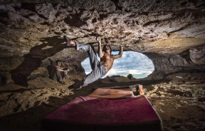 Chris Sharma realiza Catalan Witness the Fitness posible 8c en Cova de Ocell