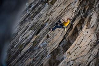 Alex Megos encadena Sensación de Bloque y rebautiza como Pasito a pasito 9a RockTrip TNF Valle de los Cóndores en Chile - Foto Nico Gantz