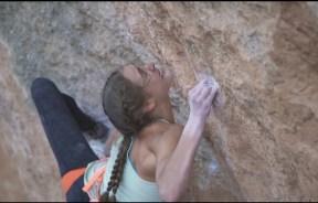 Video escalada; Margo Hayes encadena La Rambla 9a+ en Siurana