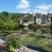 Argentat et la Dordogne, Corrèze (by Henri MOREAU)