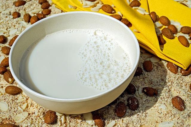 lait-amande-alternative-lait-vache