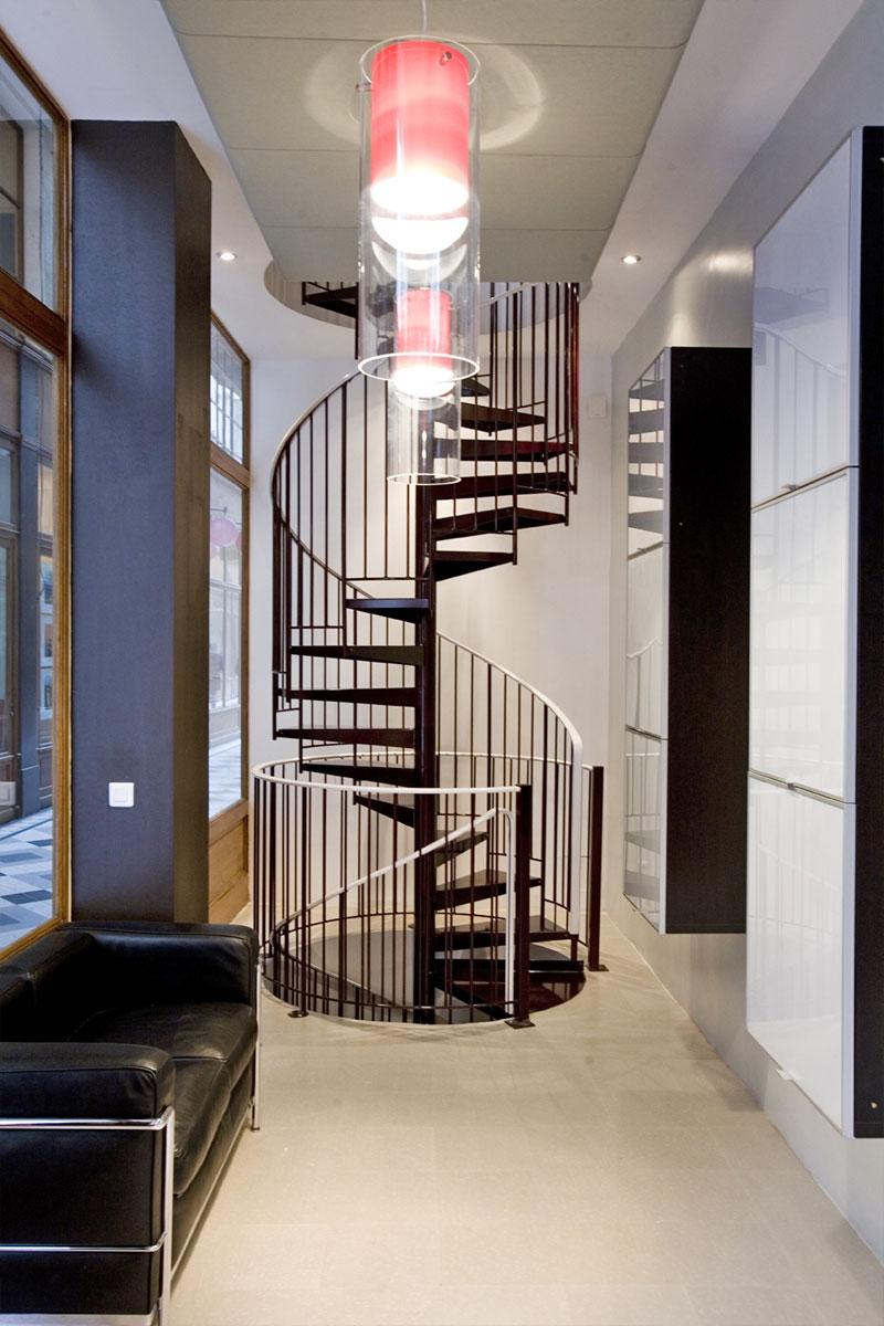 escalier hélicoïdal à deux volées superposées
