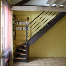 escalier droit acier brut