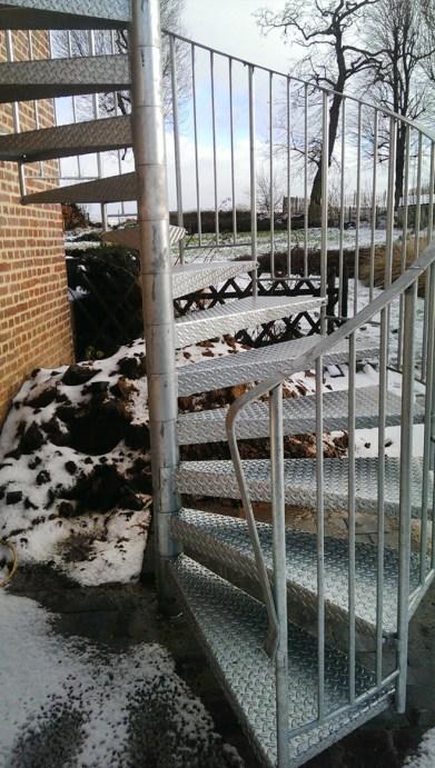 escalier hélicoïdal industriel galvanisé