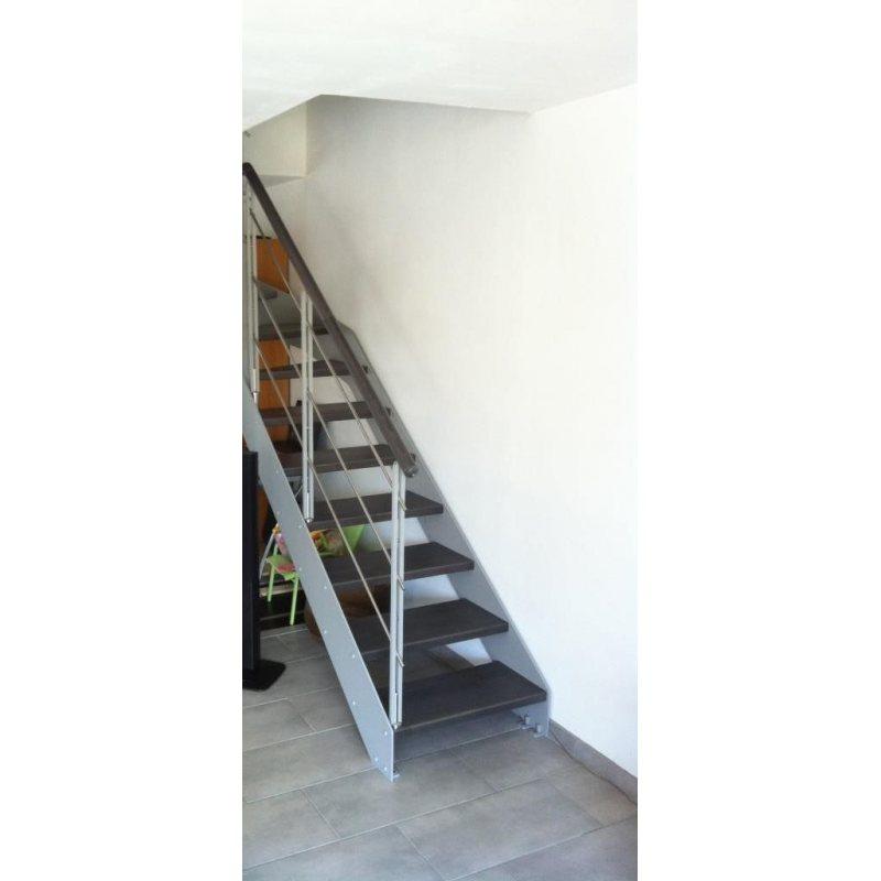 imagine linear droit escalier limon metallique bois metal